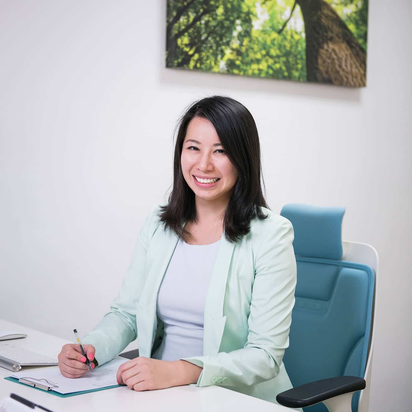 SG Pain Solutions - Dr Jenny Li: Chiropractor Singapore